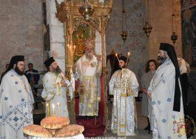 Coborârea Frăției Sfântului Mormânt la Prea Sfânta Biserică a Învierii