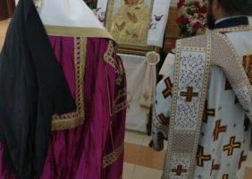 ÎPS Arhiepiscop Macarie al Qatarului în timpul Deniei Acatistului Buneivestiri