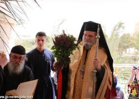 ÎPS Mitropolit Isihie de Capitolia pe malul râului Iordan