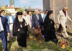 Vecernia Duhului Sfânt în Paraclisul din cimitirul grec ortodox