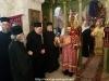 ÎPS Mitropolit de Helenoupolis binecuvântând în timpul Sfintei Liturghii