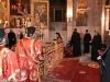 Prea Fericirea Sa în timpul căditului în Sfântul Altar