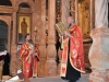 Părintele Kamarasis, Arhimandritul Nectarie, citind Sfânta Evanghelie