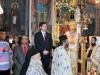 Prea Fericirea Sa și Consulul General în timpul Sfintei Liturghii