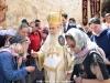 Preafericirea Sa îndreptându-Se spre Biserică în veșminte patriarhale