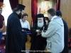 Părinții studentului primesc suveniruri de la vizita lor în Orașul Sfânt