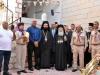 Primirea Preafericirii Sale de către Arhimandritul Nifon, cercetași și membrii ai comunității