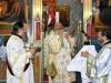 ÎPS Arhiepiscop Damaschin al Iopei în timpul Sfintei Liturghii