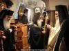 Slujba de alegere - Arhiepiscopul-Ales al Madabei cădind